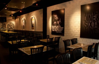 Alcoholics-Bar-&-Grill-Dining-Area