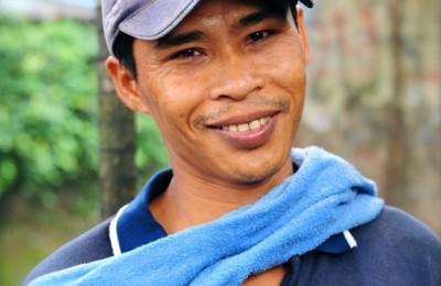 Akasayapudin-The-Shoe-Repair-Man