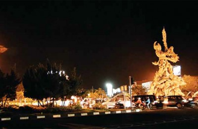 Dewi-Ruci-Statue