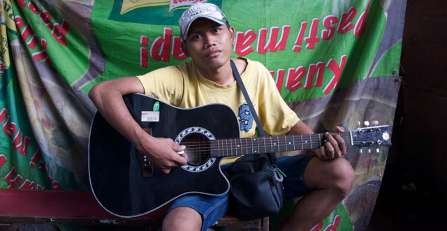 Badul The Guitar Man