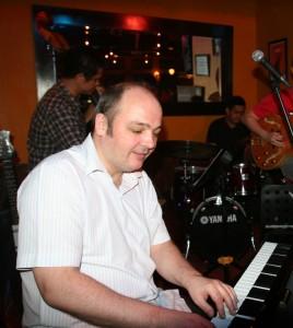 Stefan Thiele Playing Piano