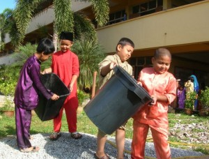 Gotong Royong from an early age