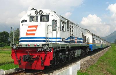 PT.Kereta Api train