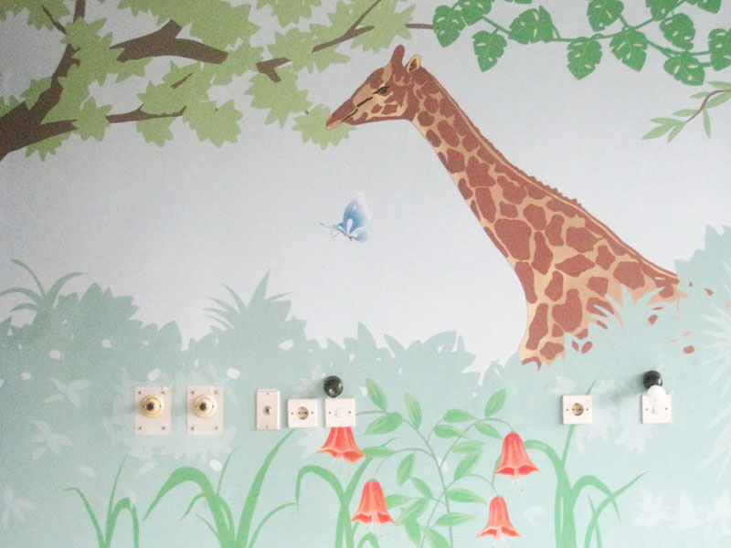 Hospital Room with Mural Painting - Giraffe