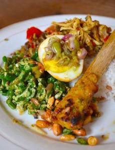 A plateful of Nasi Ayam Bu Oki in Jimbaran