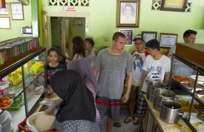 The Warung Ritual of Bali