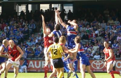 Aussie rules football Wikipedia CC