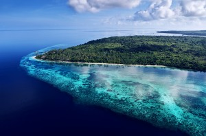 The view of Wakatobi island when flying in | Photo by Didi Lotze