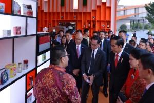 Joko Widodo visits China