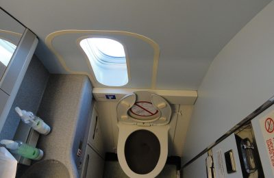 airplane-toilet