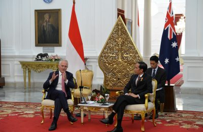 "Prime Minister Malcolm Turnbull visits Jakarta for the first time. He was welcomed by Indonesian President Joko Widodo at the State Palace for a bilateral meeting, and accompanied the President to Tanah Abang Market for a ""blusukan""."