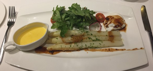 White Asparagus and Poach