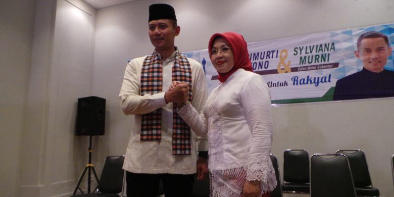 Deputy Governor Candidate Sylviana Murni with Governor Candidate Agus Harimurti Yudhoyono