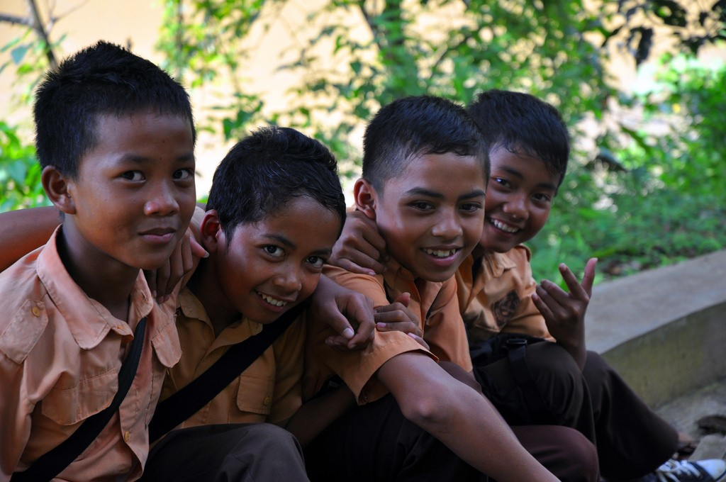 School-boys-in-Indonesia-1024x680