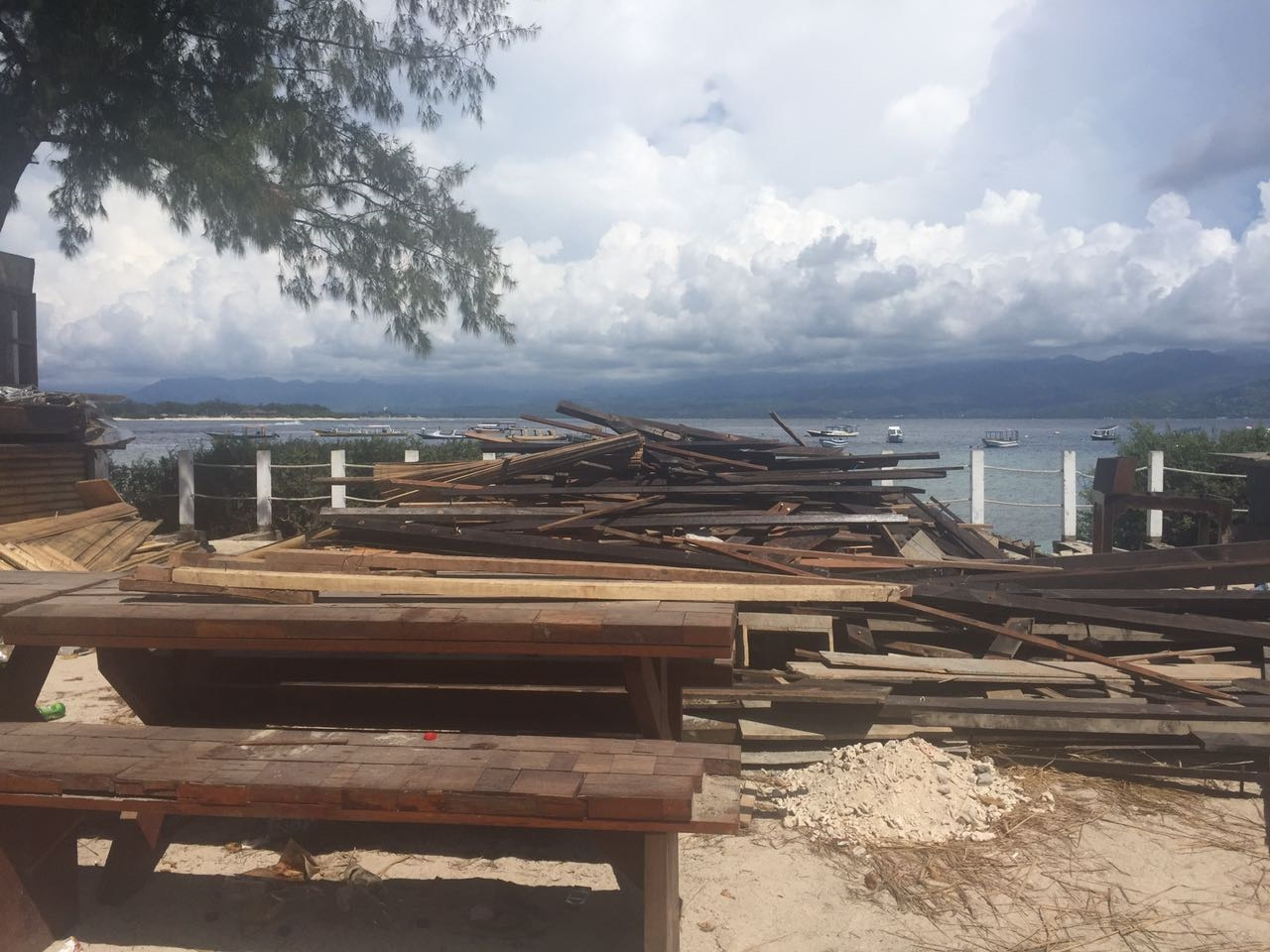 gili-trawangan-demolition-3