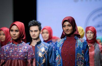 Hijabs in Indonesia Fashion Week 2017