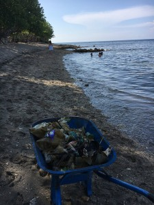 Danish tourist expressed his dismay at how much rubbish he had to clean up from a beach in Bali | Photo via Twitter
