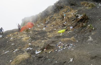 Rinjani's campsites are covered in litter. Credit Harry Vasiliadis