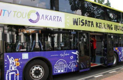 Bus-Tingkat-City-Tour-Wisata-Keliling-Jakarta transjakarta