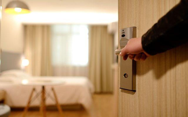 hotel room robbery