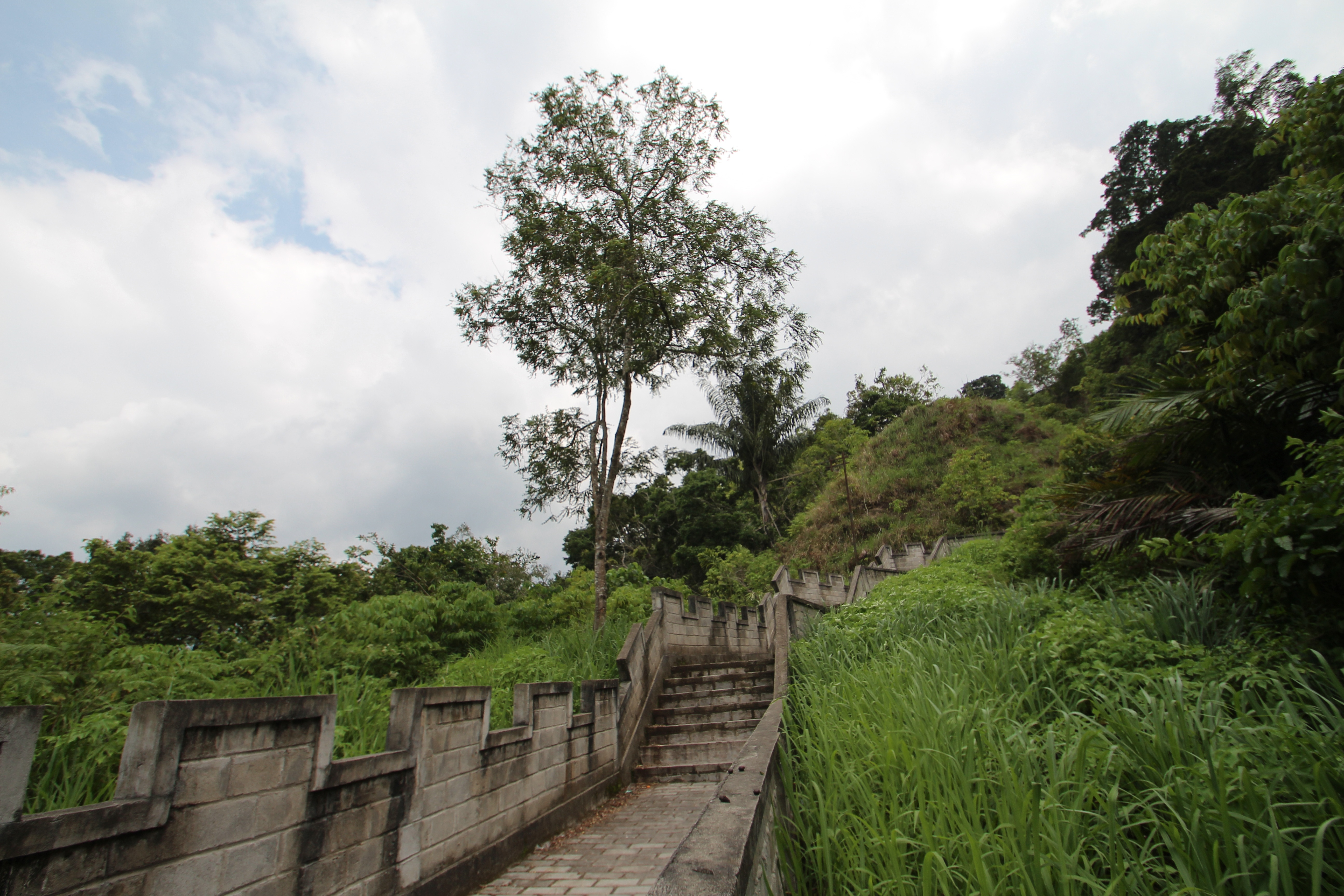The Great Wall of Indonesia – Indonesia Expat