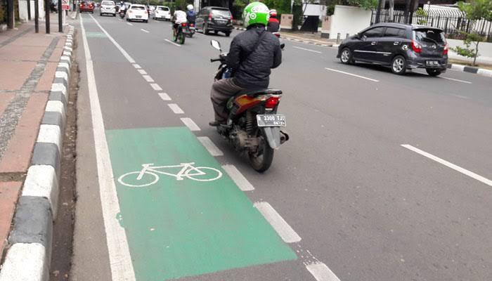 Bicycle lanes violator