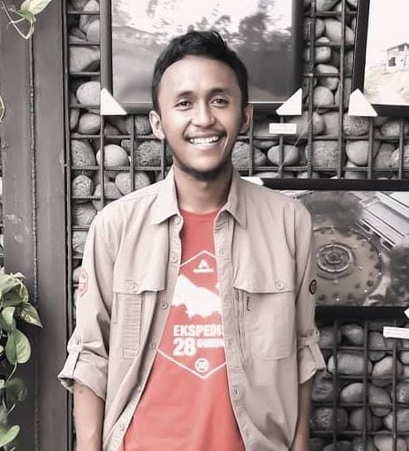 M. Syafrizal Izaqi from Minimalist Living: Less is More