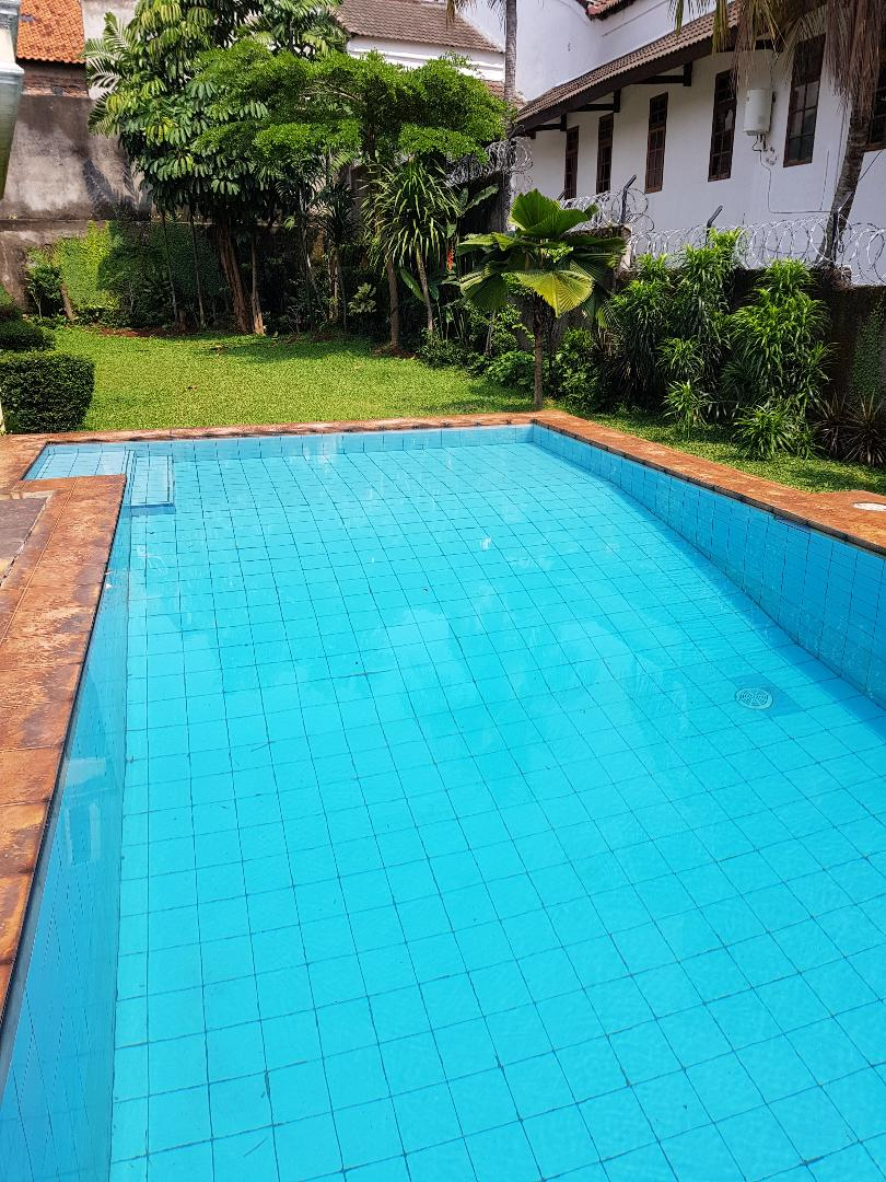 Affordable luxurious house for rent in Kemang Timur