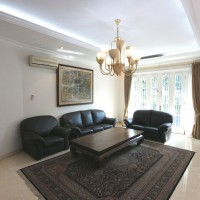 Pondok Indah house jl Kencana Permai IV/2 for Rent