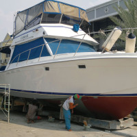 38' Uniflite for Sale